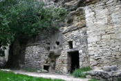 ST-RESTITUT - CARRIERES - CATHEDRALES ET VILLAGE TROGLODYTE-drome