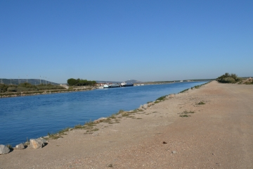 FRONTIGNAN - LE LONG DU CANAL-herault